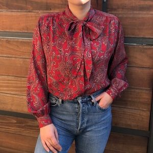 Tops - Beautiful Vintage Paisley Button Down Blouse